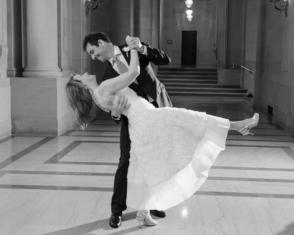 Deep Dance Dip Post at City Hall