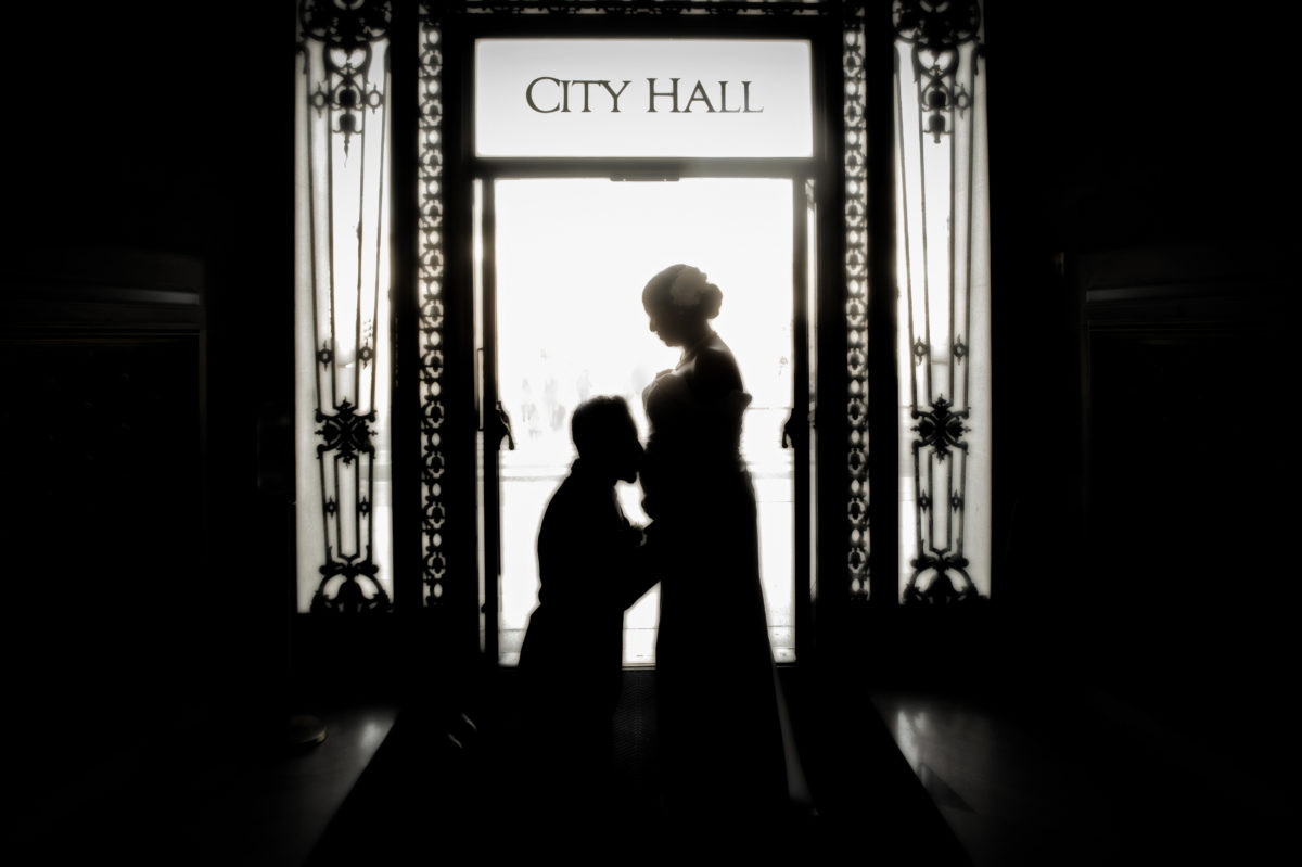 Maternity photography at San Francisco City Hall